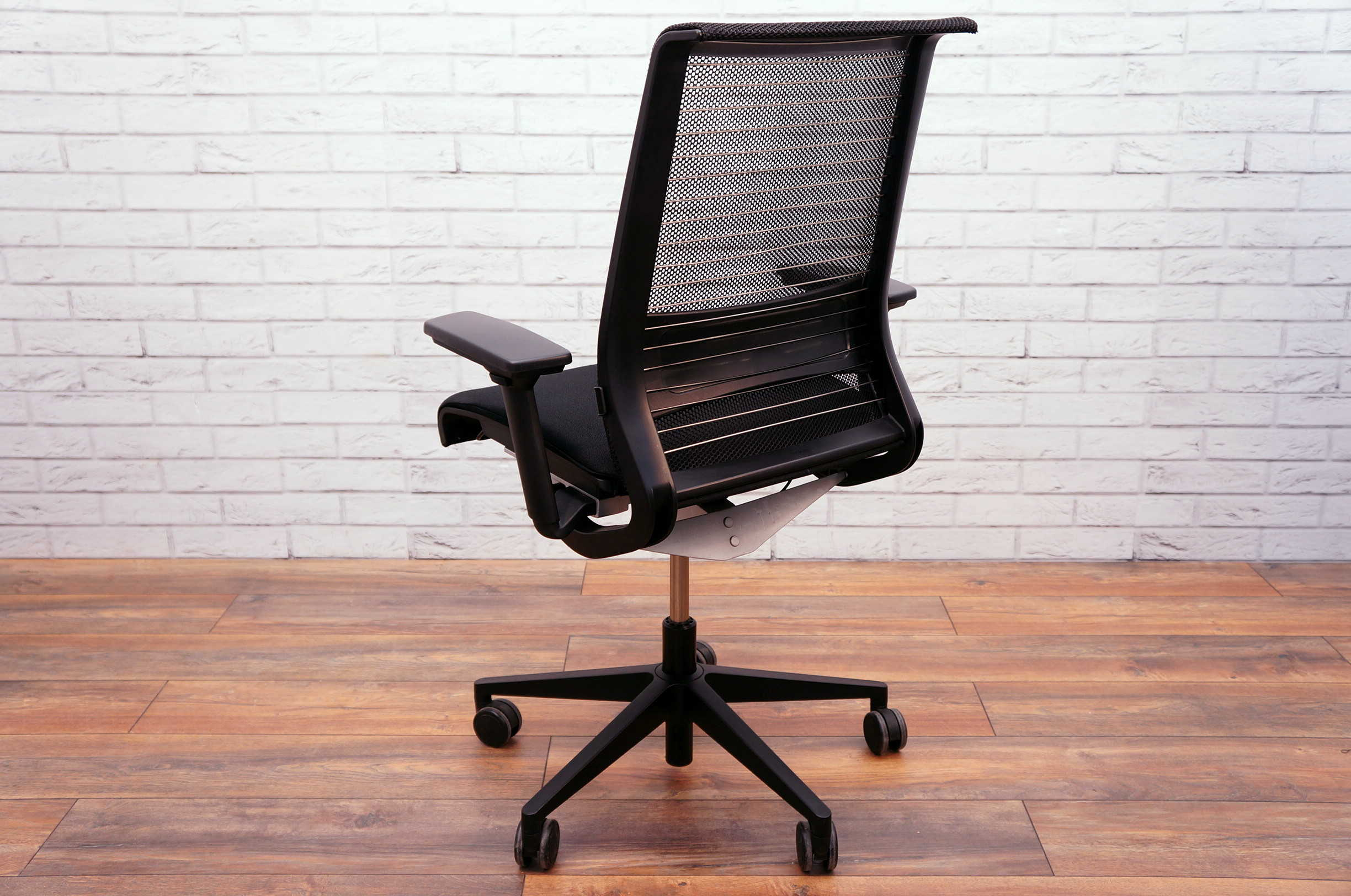 Steelcase Think Chair Steelcase Think Task Chair