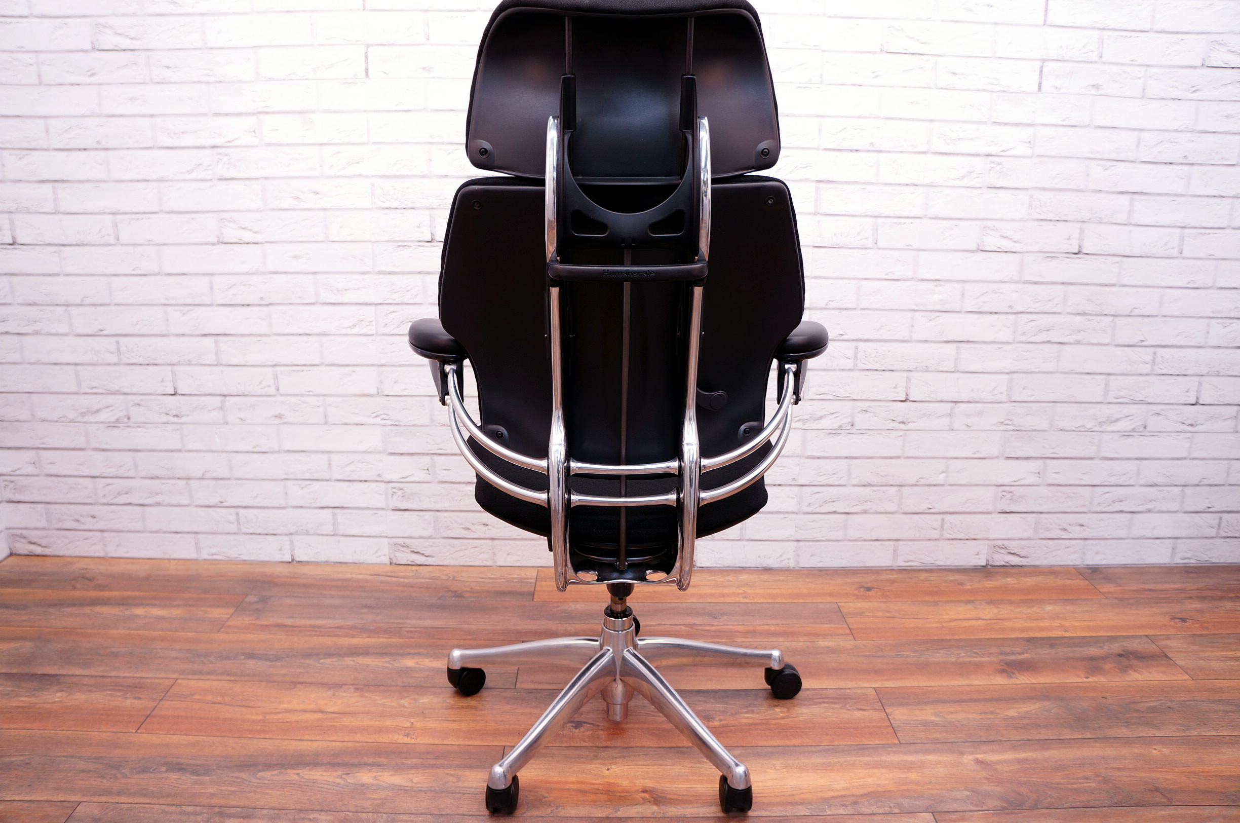 Humanscale Freedom Chair Humanscale Freedom Task Chair Chrome Frame With Headrest