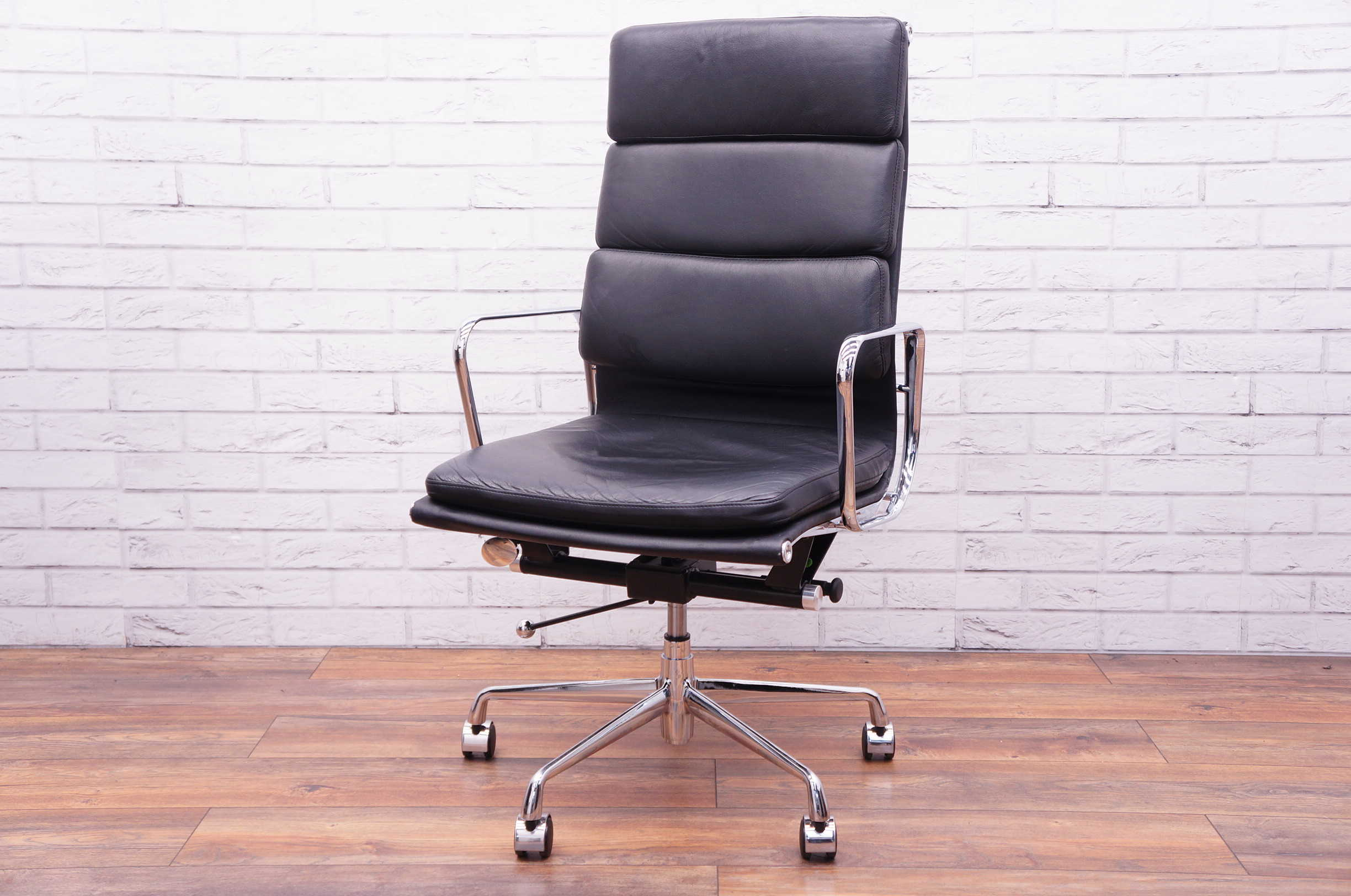 Boardroom Chairs Eames Style Ea 219 Boardroom Chair