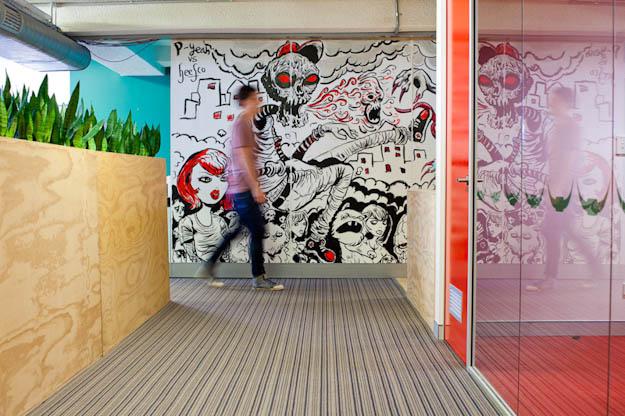 Fall Wallpaper Cartoon Inspiration 60 Walls That Are Not Boring Office Snapshots