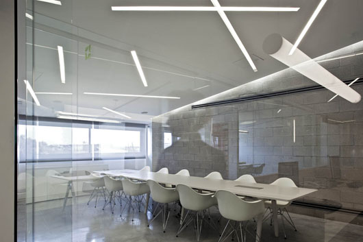 Inspiration Creative Fluorescent Lighting Arrangements