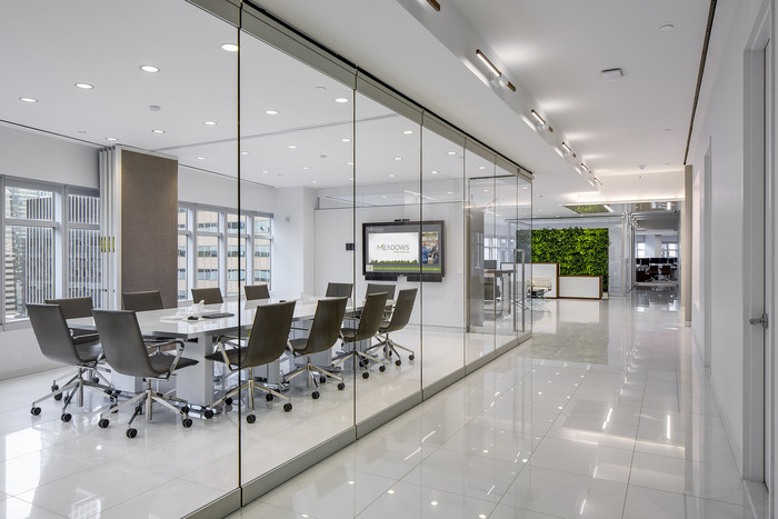 Meadows_Conference_Room_1