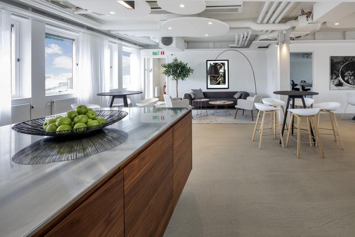 heimstaden-office-design-6