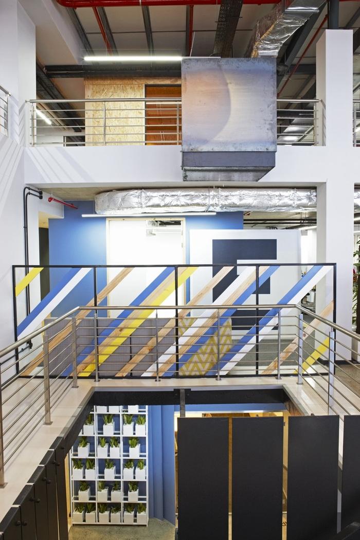 99c-office-design-9