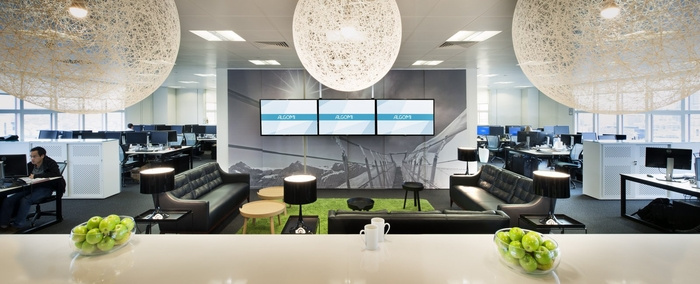 algomi-office-design-4