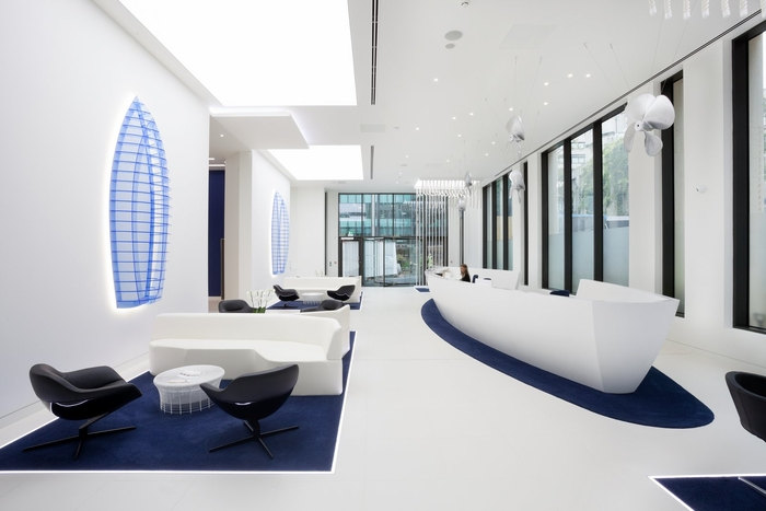 office-space-in-town-monument-office-design-9