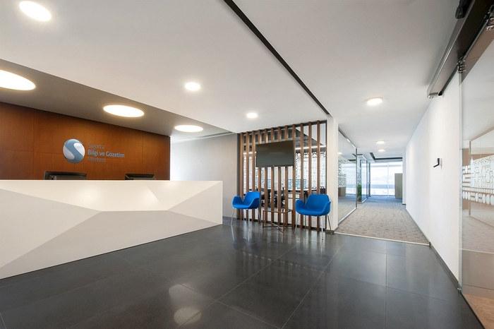 sbm-insurance-office-design-1