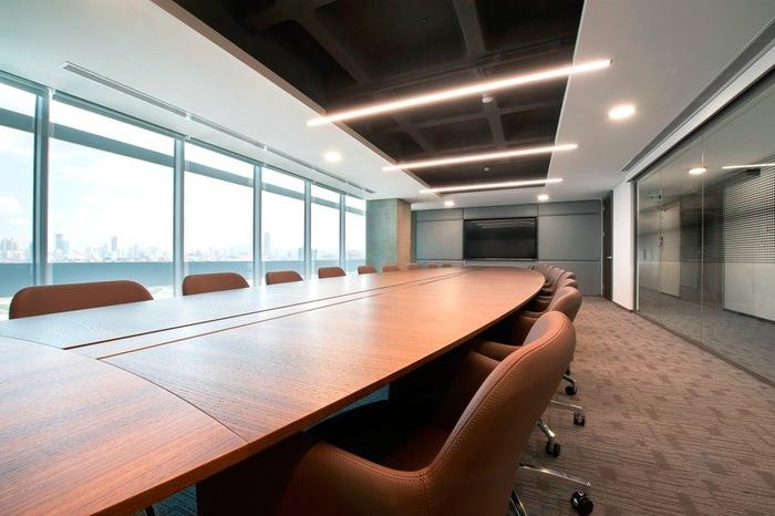sbm-insurance-office-design-7