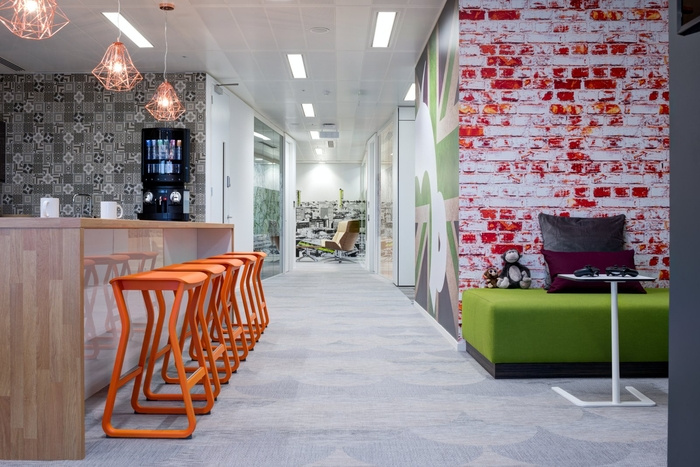 surveymonkey-office-design-6