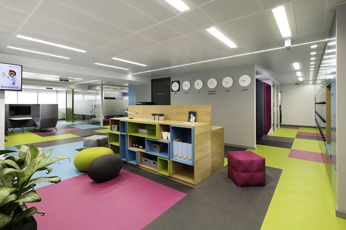 skyscanner-office-design-18