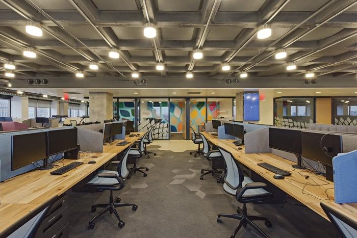 tech-company-office-design-12