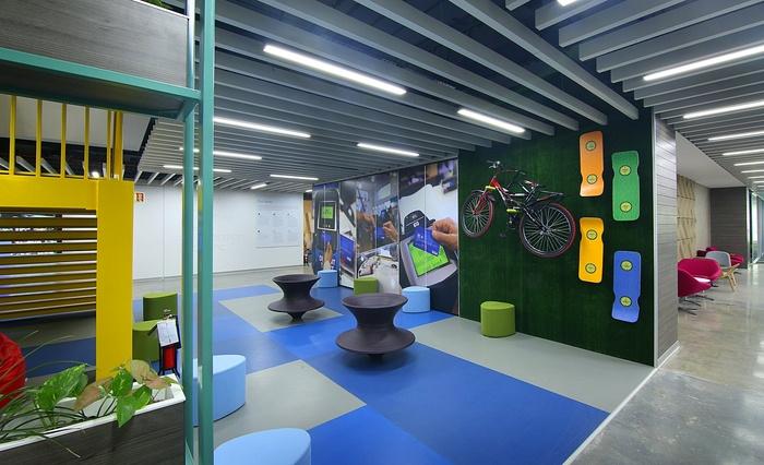 visa-bangalore-office-design-7