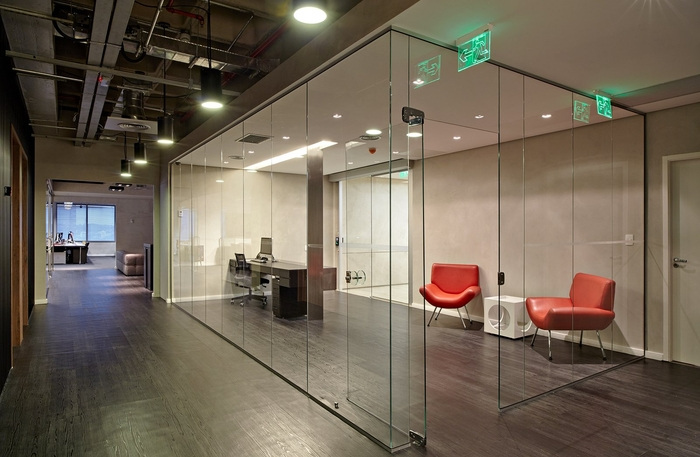 LewLara-TBWA-office-design-11