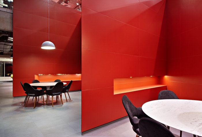 LewLara-TBWA-office-design-15