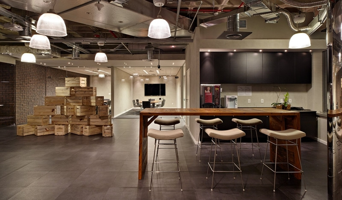 LewLara-TBWA-office-design-23