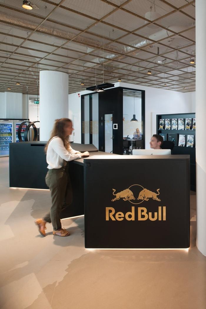 red-bull-office-design-2