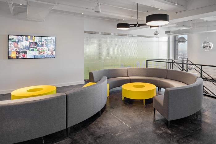 magna-office-design-7
