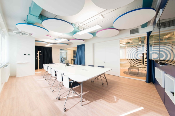 pitney-bowes-office-design-2