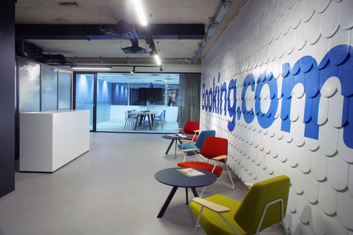 bookingcom-office-design-1