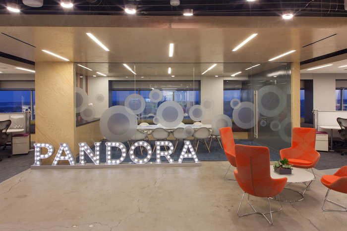 pandora-boston-office-design-6