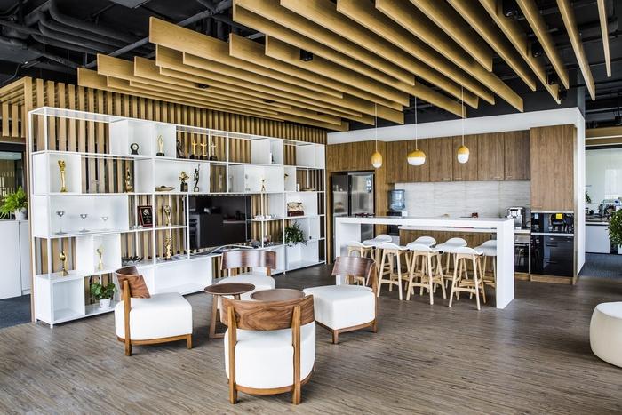 stella-mega-office-design-4