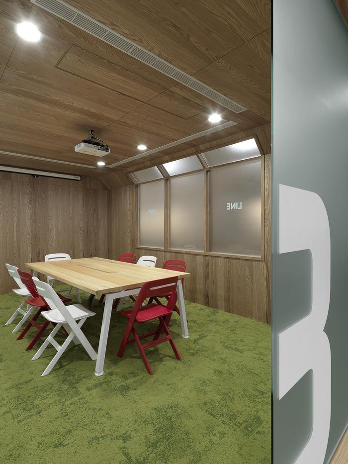 LINE-office-design-13