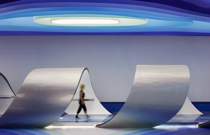 cloud-dcs-data-center-office-design-4