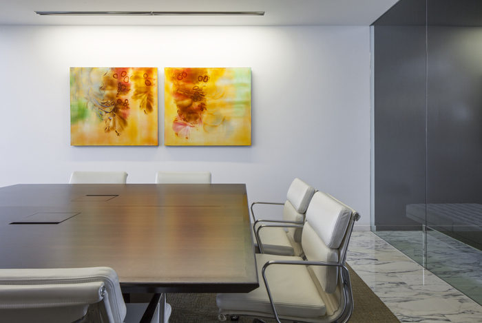 confidential-financial-client-office-design-2