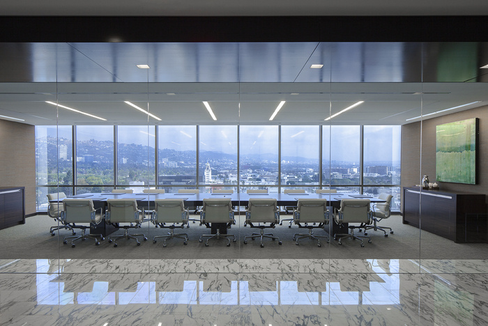 confidential-financial-client-office-design-8