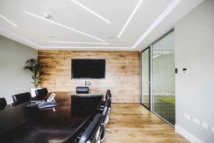 prothena-biosciences-office-design-5