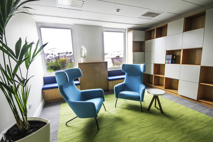 prothena-biosciences-office-design-7