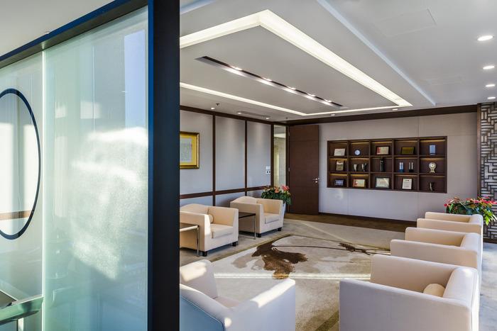 shang-finance-office-design-2