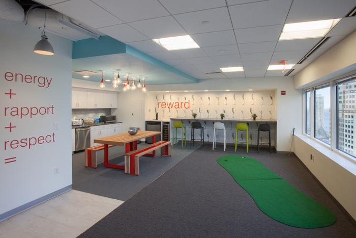 sthree-office-design-2