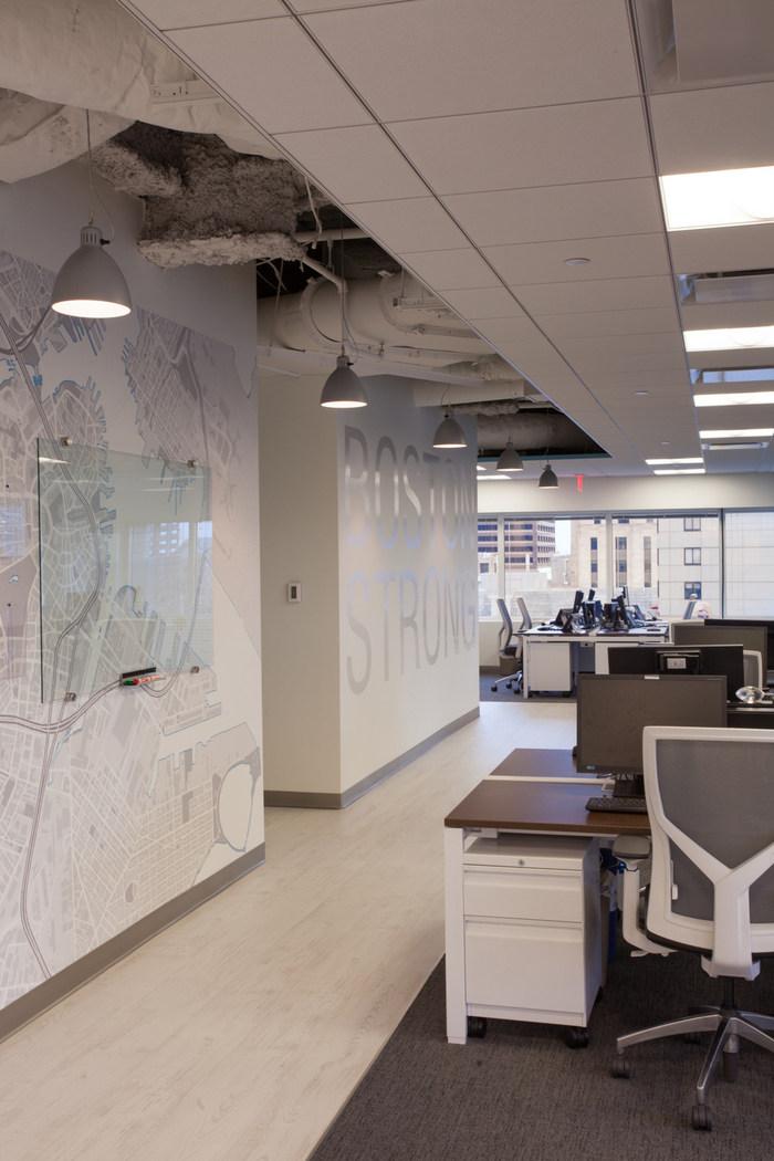 sthree-office-design-7