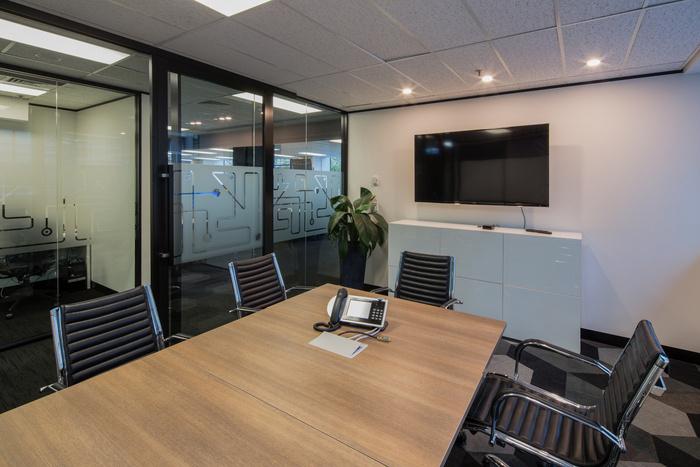 kinetic-recruitment-office-design-3