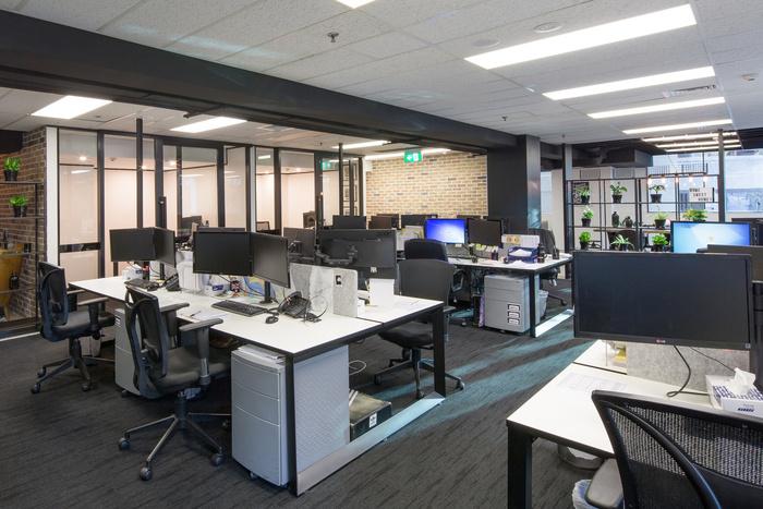 kinetic-recruitment-office-design-8