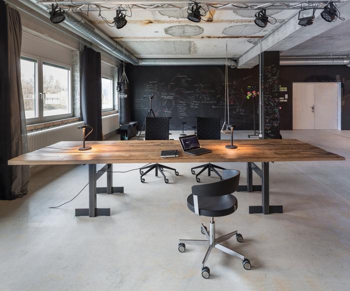 minussan-office-design-3