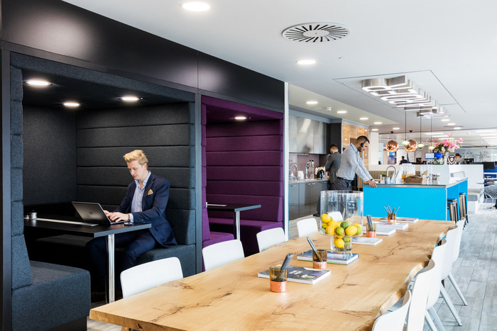 fourfront-group-office-design-2