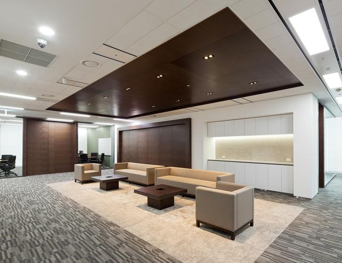 health-insurance-office-design-4
