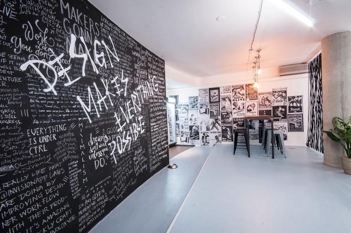 invision-labs-office-design-5