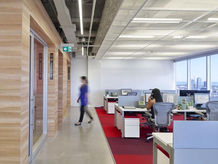 travelzoo-office-design-10