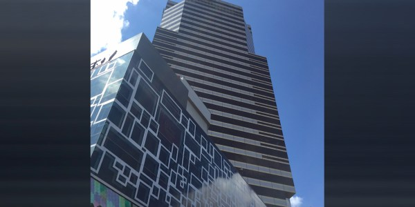 Siam Piwat Tower Office Building