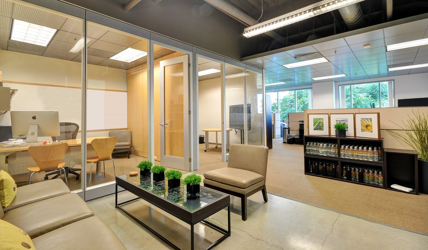 Three Pros and Three Cons of Sublease Office Space  Ofice