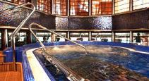 Carnival Dream pool