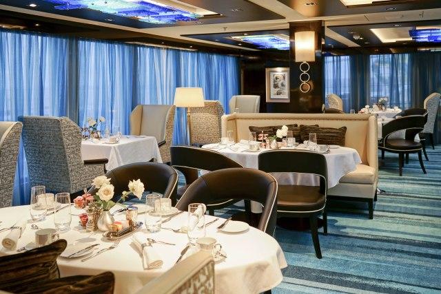 Norwegian cruises escape cruise ship haven diningroom