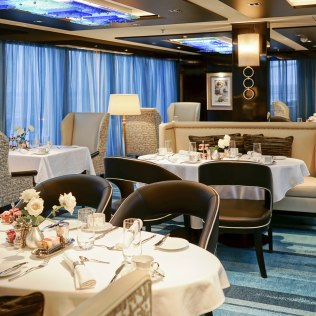 Norwegian cruises escape cruise ship haven diningroom