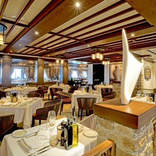 Norwegian cruises escape cruise ship lacucina dining tables