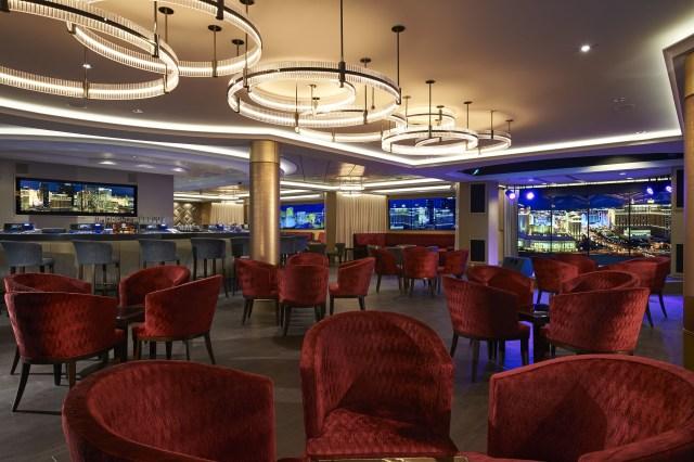 Norwegian cruises escape cruise ship skyline bar