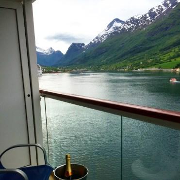 Norwegian cruises Jade cruise ship Norway champagne