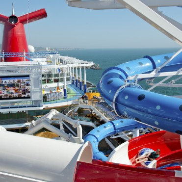 Carnival cruises Horizon cruise ship waterpark top view